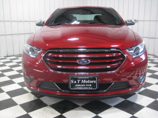 2017 Ford Taurus Limited red 005