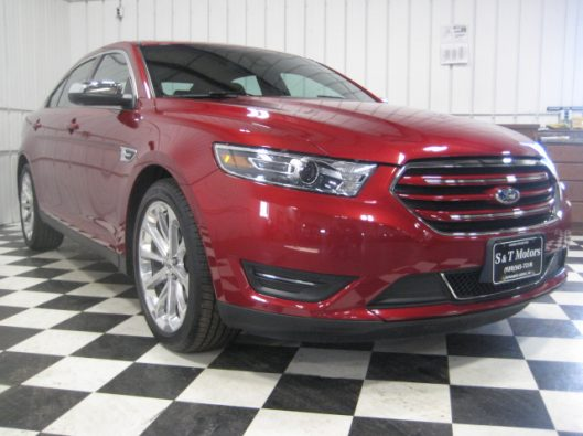 2017 Ford Taurus Limited red 006