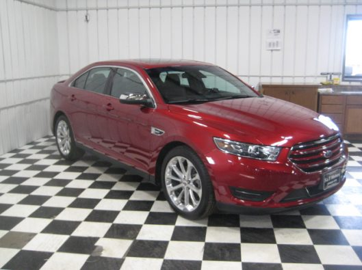 2017 Ford Taurus Limited red 007