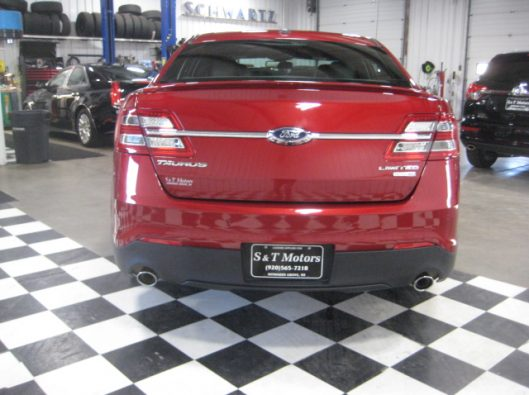2017 Ford Taurus Limited red 010