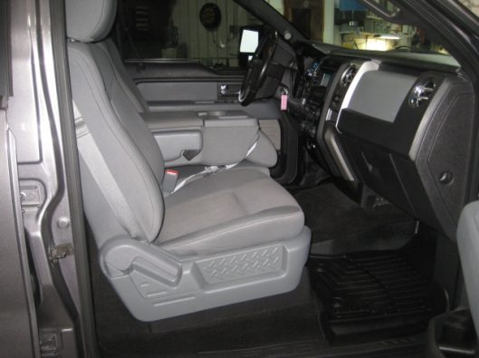 2013 Ford F150 Gray Crew 025