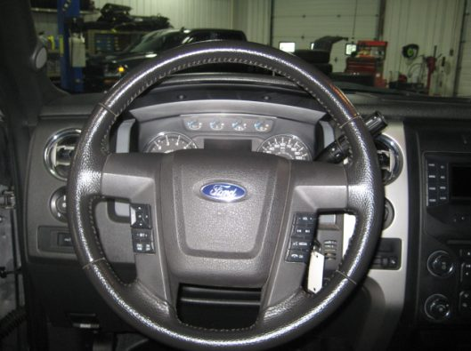 2013 Ford F150 Gray Crew 036