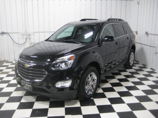 2016 Chevy Equinox LT Black 002