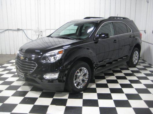 2016 Chevy Equinox LT Black 003