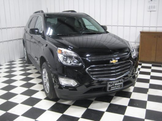 2016 Chevy Equinox LT Black 007