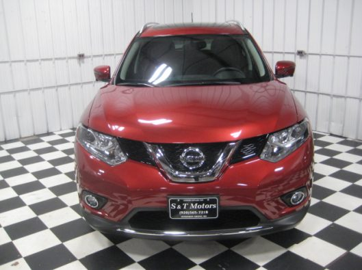 2016 Nissan Rogue SV Red 007