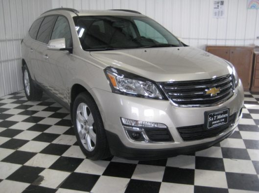 2016 Chevy Traverse Tan LT AWD 007