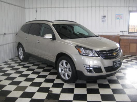 2016 Chevy Traverse Tan LT AWD 009