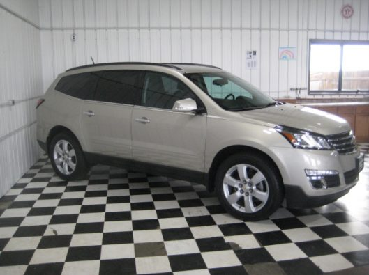 2016 Chevy Traverse Tan LT AWD 010