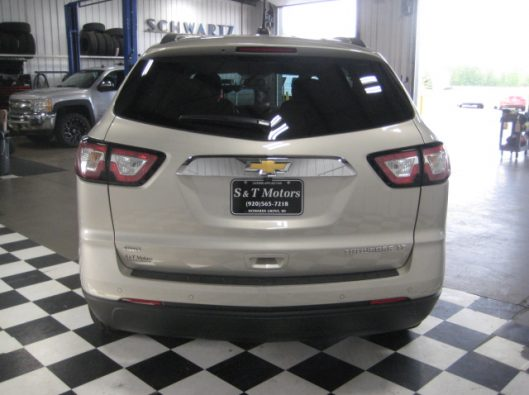 2016 Chevy Traverse Tan LT AWD 012
