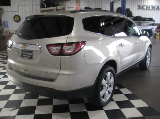 2016 Chevy Traverse Tan LT AWD 014