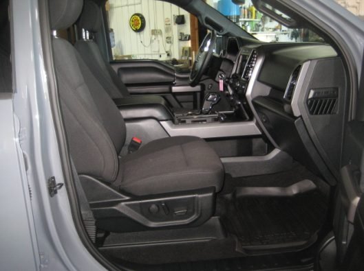 2018 Ford F150 Gray 024