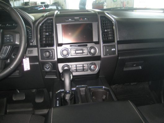 2018 Ford F150 Gray 038