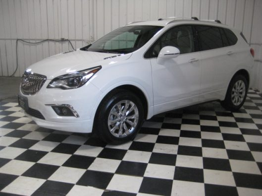 2017 Buick Envision Essence White 004