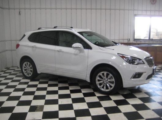 2017 Buick Envision Essence White 011