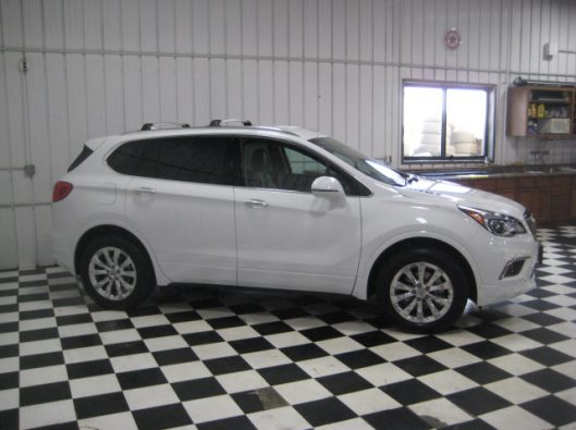 2017 Buick Envision Essence White 012