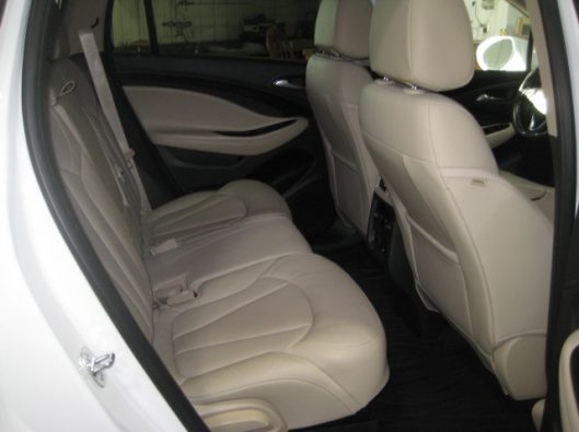 2017 Buick Envision Essence White 023
