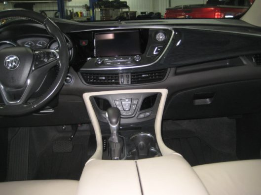 2017 Buick Envision Essence White 034