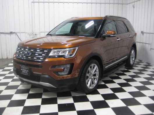 2017 Ford Explorer Limited 002