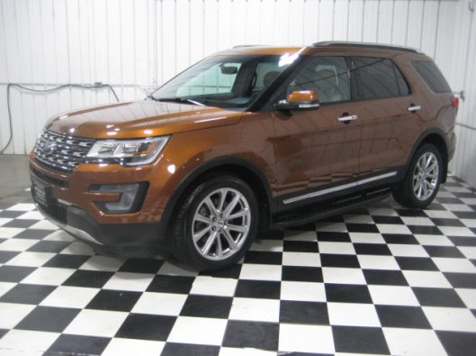 2017 Ford Explorer Limited 004