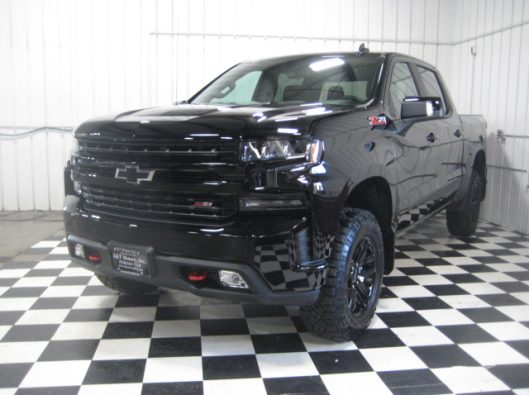 2019 Chev Silverado Trail Boss Black 001