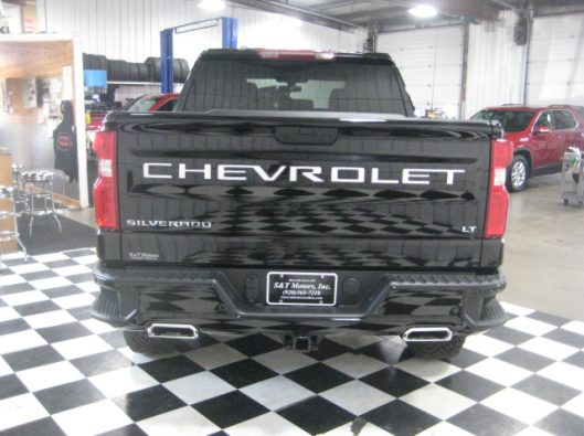 2019 Chev Silverado Trail Boss Black 013