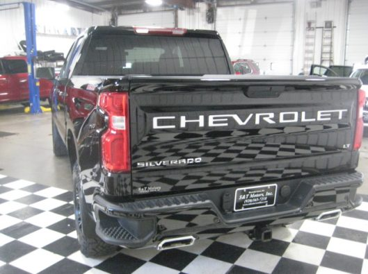2019 Chev Silverado Trail Boss Black 015