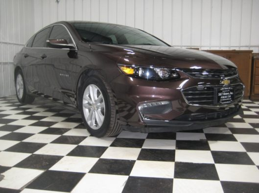 2016 Chev Malibu LT Brown 008