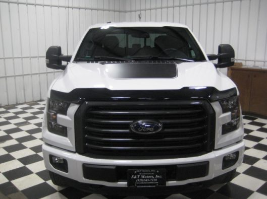 2016 Ford F150 White Crew Sport 003