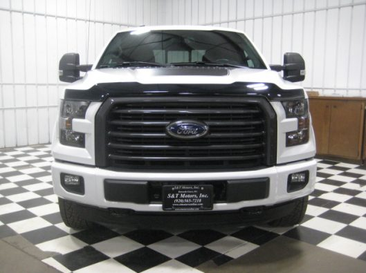 2016 Ford F150 White Crew Sport 004
