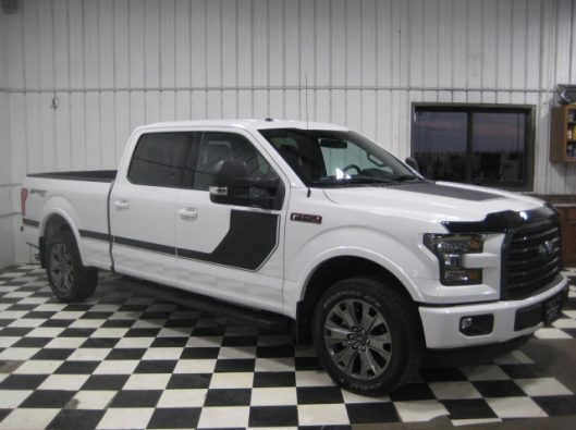 2016 Ford F150 White Crew Sport 008
