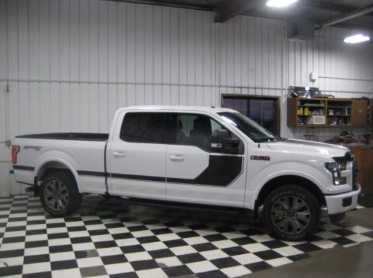 2016 Ford F150 White Crew Sport 009