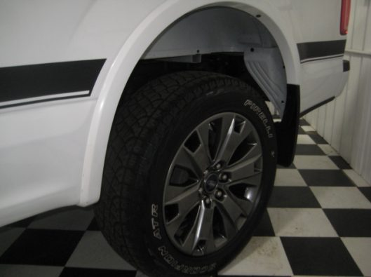 2016 Ford F150 White Crew Sport 012