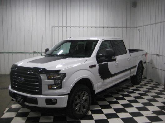 2016 Ford F150 White Crew Sport 013