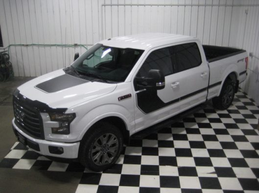 2016 Ford F150 White Crew Sport 014