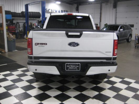2016 Ford F150 White Crew Sport 015