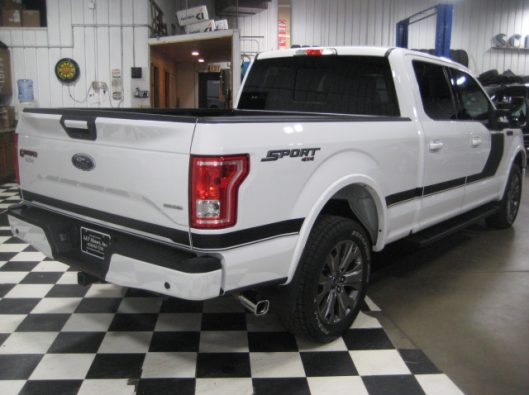 2016 Ford F150 White Crew Sport 016