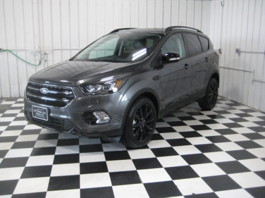 2019 Ford Escape Titanium Gray 002