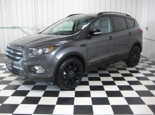 2019 Ford Escape Titanium Gray 003