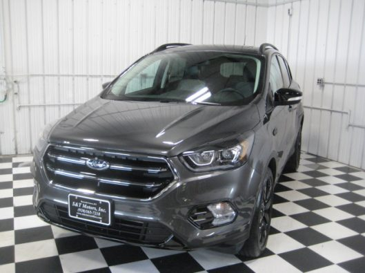 2019 Ford Escape Titanium Gray 004