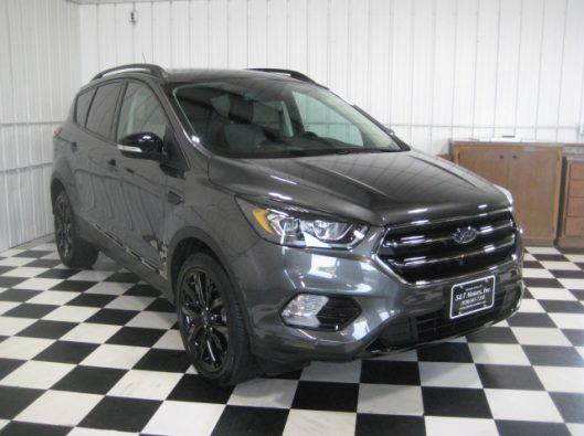 2019 Ford Escape Titanium Gray 007