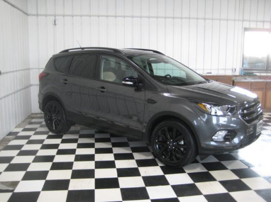 2019 Ford Escape Titanium Gray 009