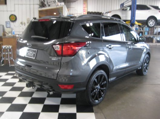 2019 Ford Escape Titanium Gray 014