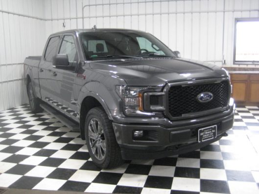 2018 Ford F150 Gray Supercrew 010