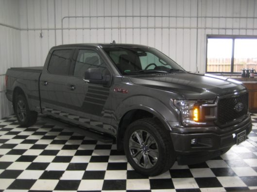 2018 Ford F150 Gray Supercrew 012