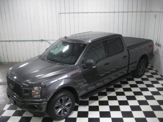 2018 Ford F150 Gray Supercrew 016
