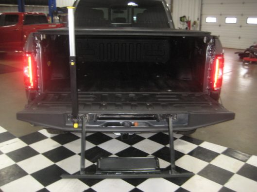 2018 Ford F150 Gray Supercrew 021