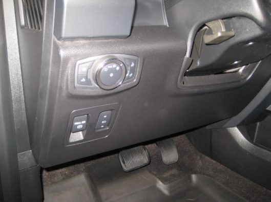 2018 Ford F150 Gray Supercrew 034