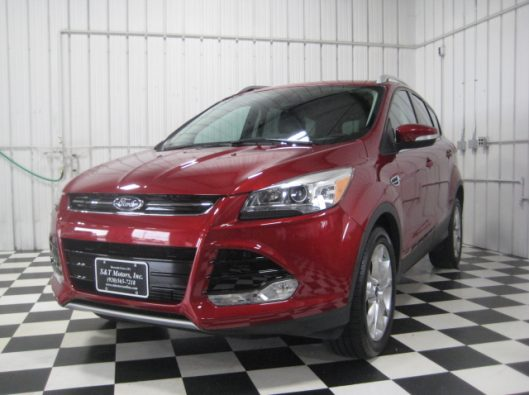 2015 Ford Escape Ruby Red 001