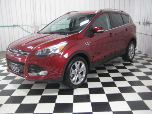 2015 Ford Escape Ruby Red 003